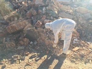 operario escombros amianto