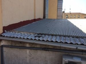 Doblado de tejados de uralita retirada de fibrocemento for Fibrocemento sin amianto